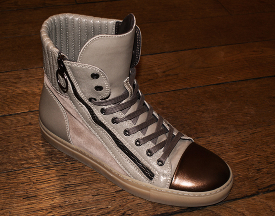 sneakers, (c) photo Mathieu Lebreton