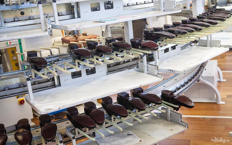 louis-vuitton-venise-manufacture-41