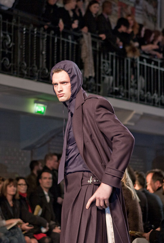 jean-paul-gaultier-paris-men-fw-2010-2011