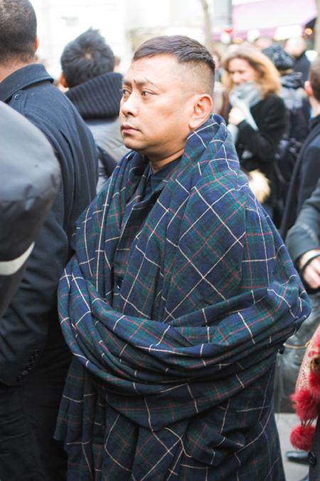 """""""covered"""" façon moine bouddhiste"""