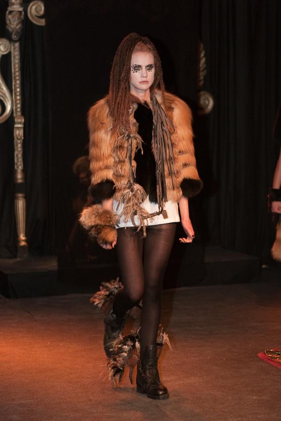 quentin-veron-women-paris-fashion-week-2010-2011-1