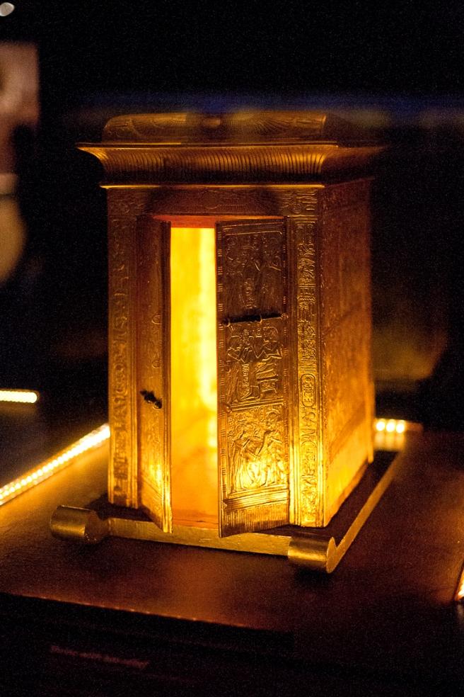 tutankhamun-parnasse-9